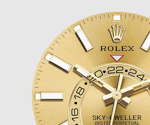 The 42 mm copy Rolex Sky-Dweller 326938 watches have champagne dials.