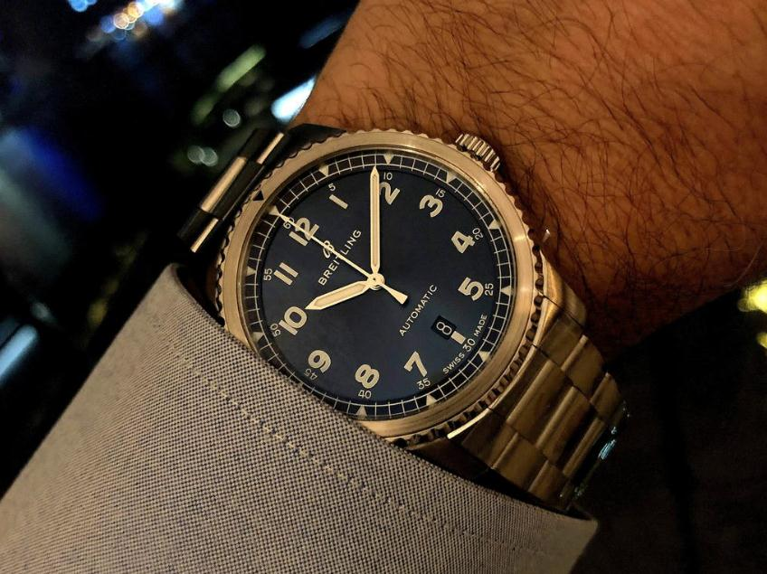The high-level replica Breitling Navitimer A17314101C1A1 watches are worth for men.