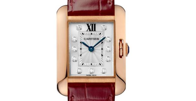 The 30.2*22.7 mm copy Cartier Tank Anglaise WJTA0007 watches have silver-dials with diamond hour marks.