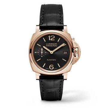 The well-designed copy Panerai Luminor Due PAM00908 watches are made from red gold.