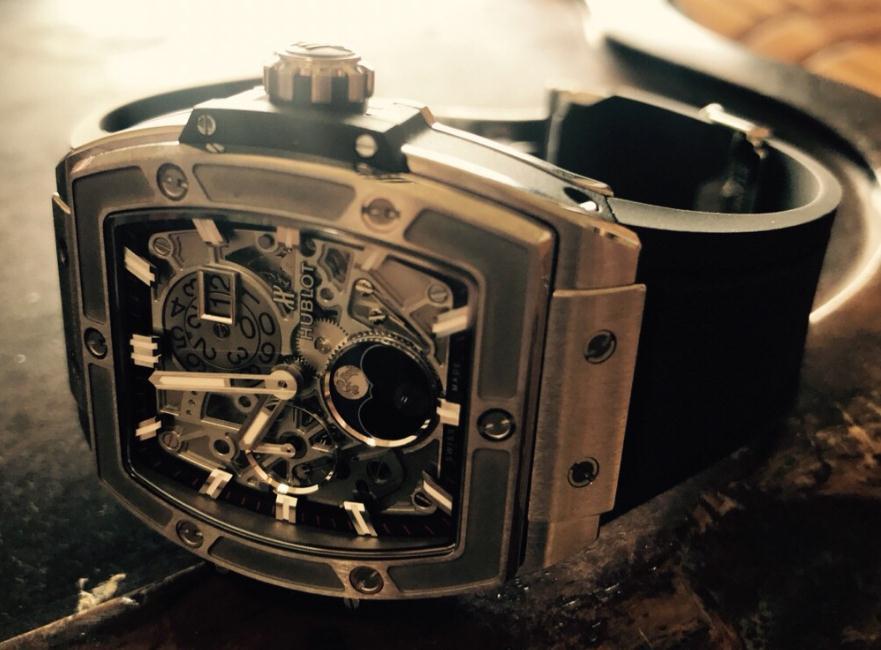 The 42 mm fake Hublot Spirit Of Big Bang 647.NX.1137.RX watches have skeleton dials.