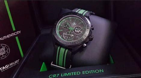 The 42 mm replica TAG Heuer Formula 1 CR7 CAZ1113.FC8189 watches have black dials.