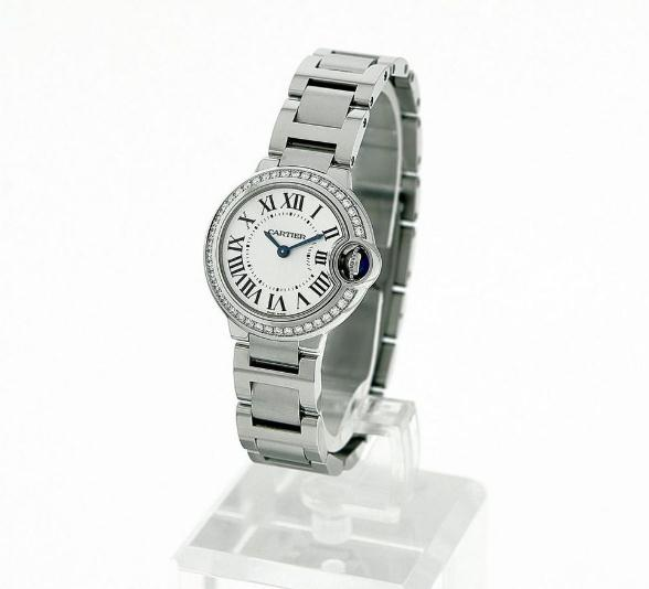 The stainless steel fake Ballon Blue De Cartier W4BB0015 watches have diamond bezels.