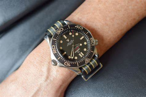 The male replica watches have black dials.